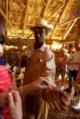NossoMapaMundi_Cuba_Vinales_cafe2