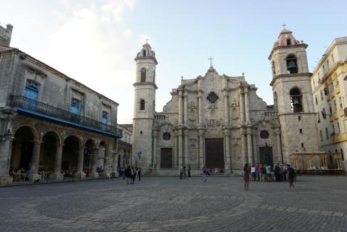 NossoMapaMundi_Plaza de la Catedral_Havana_Cuba