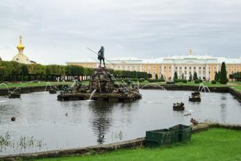 NossoMapaMundi_São Petersburgo _Entrada do Peterhof